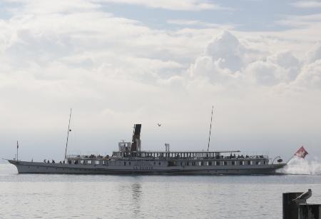 CH-lake-geneva-steamer