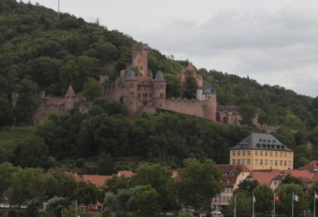 main-river-castle